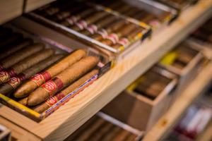 présentation de cigares du tabac presse le temps de vivre à Toulouse